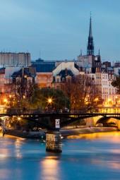 ВЕЧЕРНИЙ ПАРИЖ – Обзорная экскурсия по вечернему Парижу на машине с гидом (2 часа).